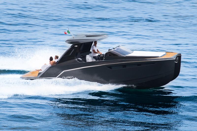 Da Aurea Yachts il nuovo Aurea 30' HT