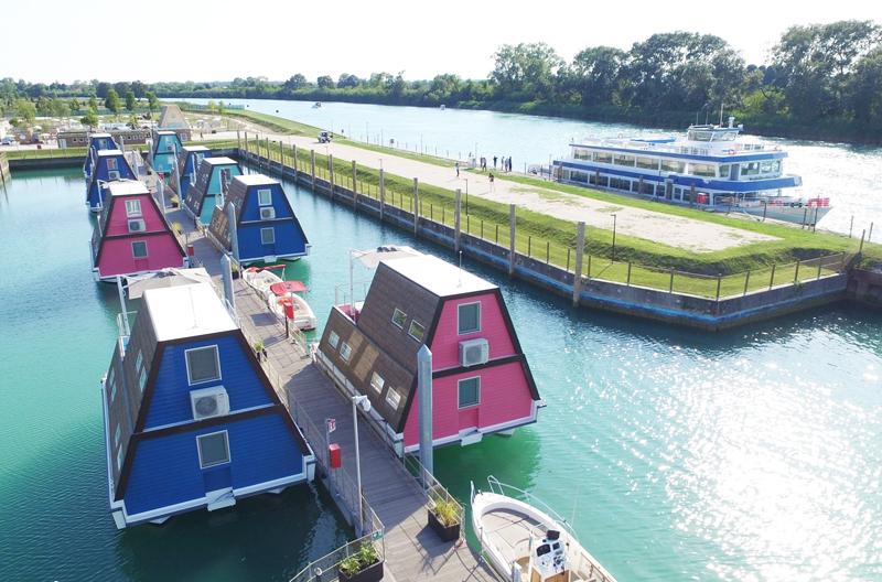 Ingemar e Marinazzurra Resort, il primo albergo galleggiante in Italia