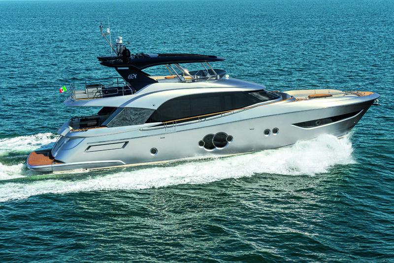 Monte Carlo Yachts al 59° Salone Nautico con le sue ultime tre novità
