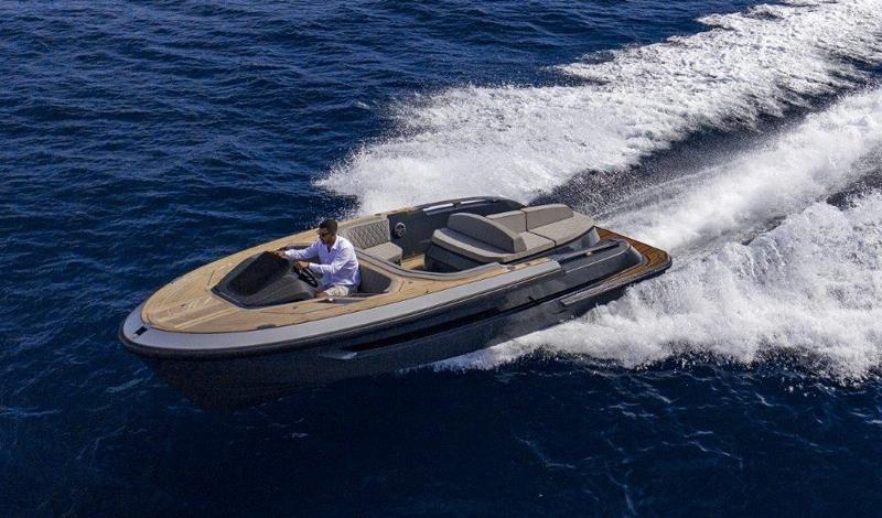 Da Evo Yachts il primo tender che diventa day cruiser