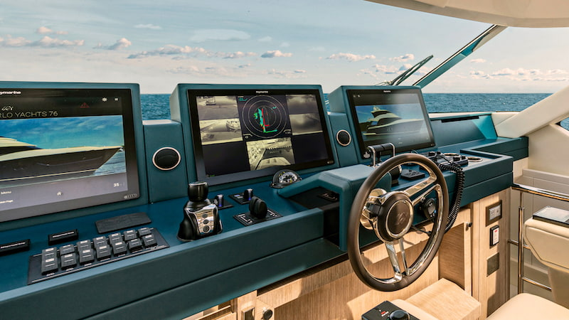 Monte Carlo Yachts primo a montare i Raymarine DockSense® Alert