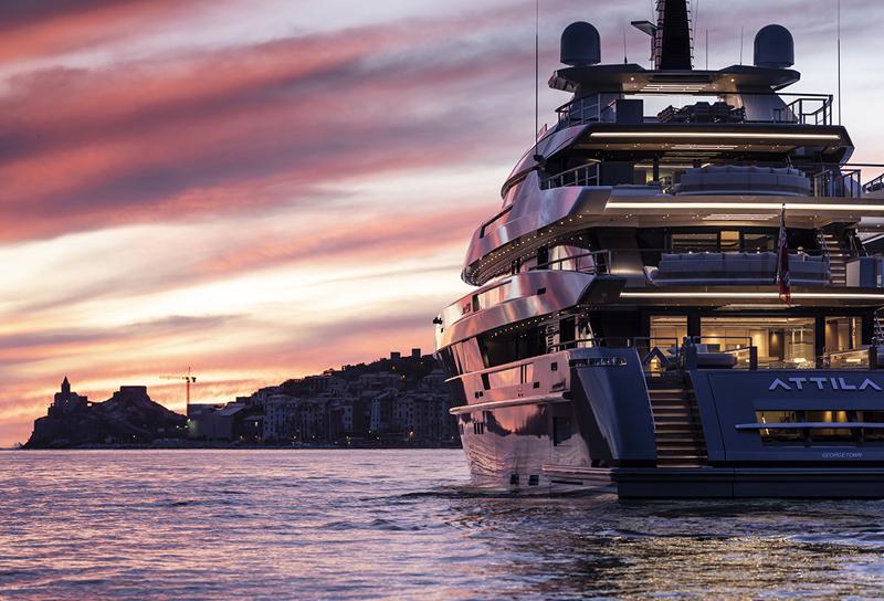 Sanlorenzo primo cantiere monobrand per yacht over 24 metri