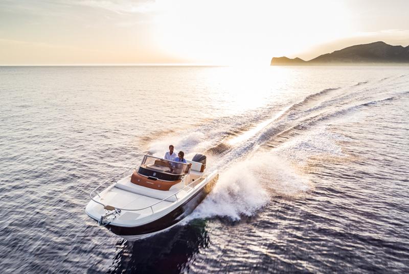 Invictus Yacht lancia la nuova collezione Capoforte