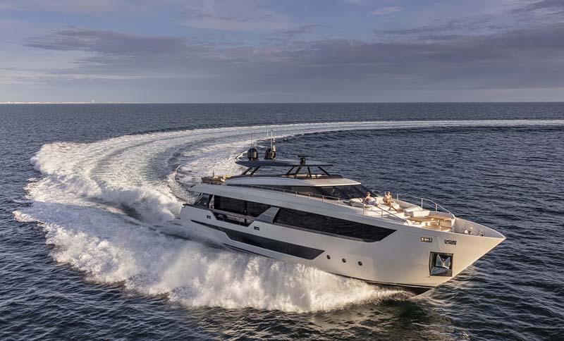 Da Ferretti Yachts la nuova ammiraglia Ferretti Yachts 1000